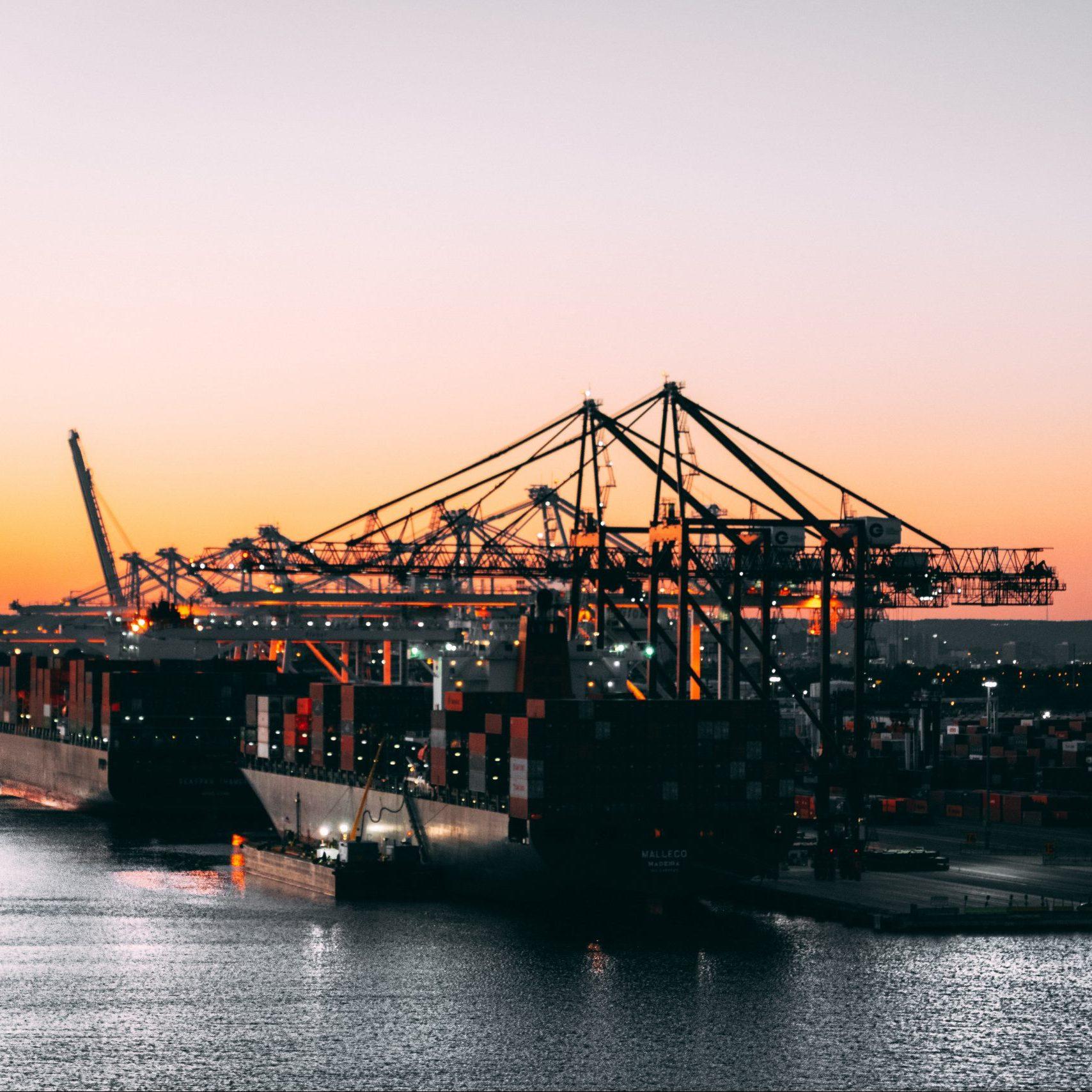 Venta judicial de buques por Autoridades Portuarias